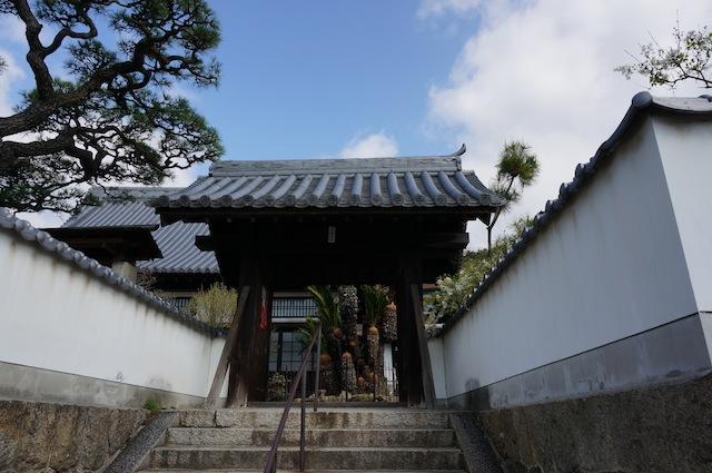 海福寺山門