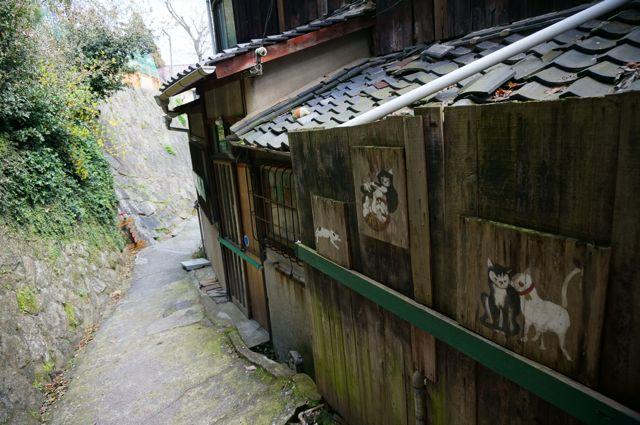 猫の細道と壁画