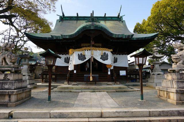 久保八幡神社本殿