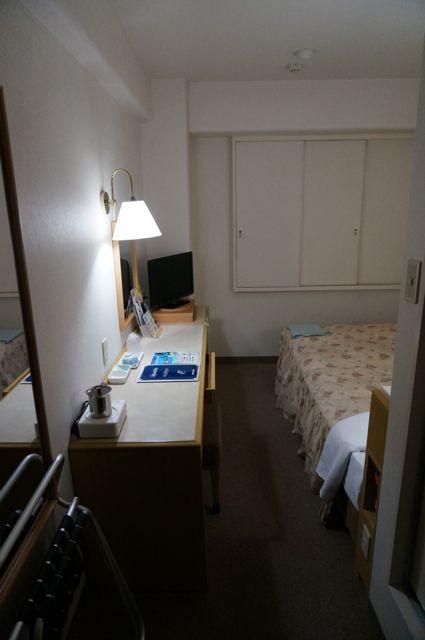 今治プラザホテル居室2