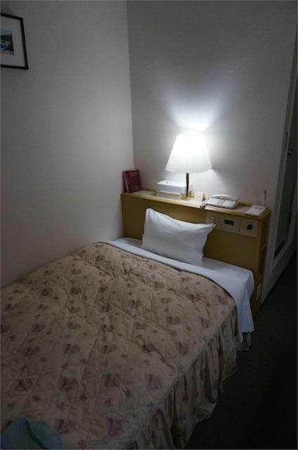 今治プラザホテル居室3