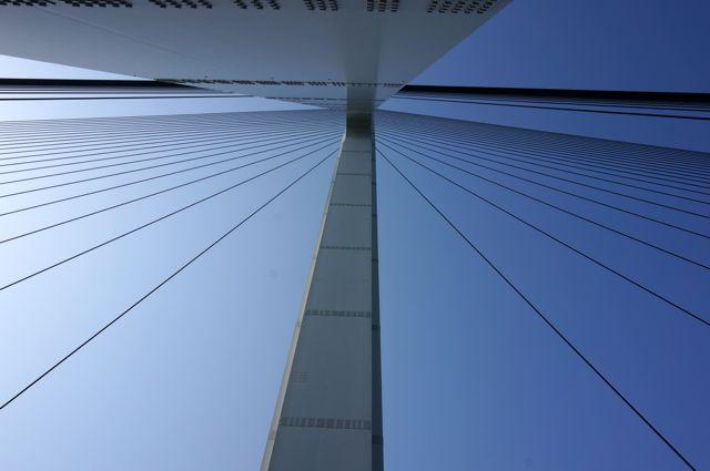 多々羅大橋の塔