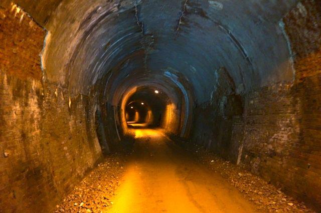 碓氷トンネル1