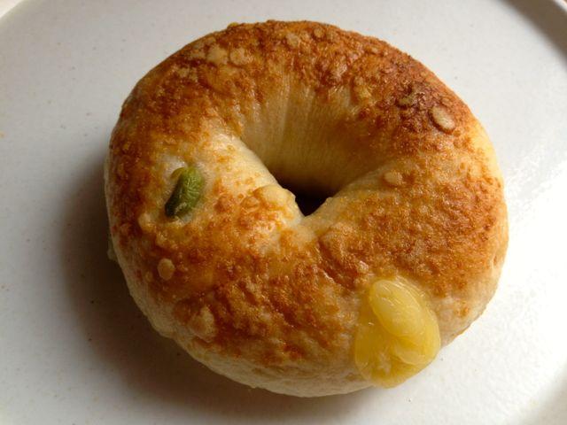 枝豆とチーズのベーグル