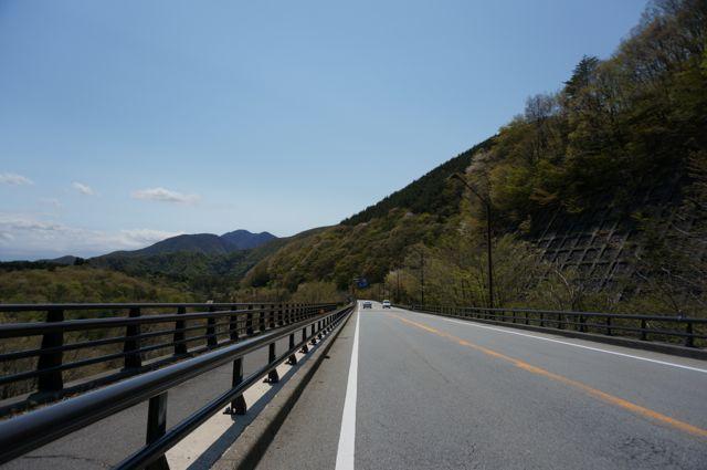 精進湖への道2