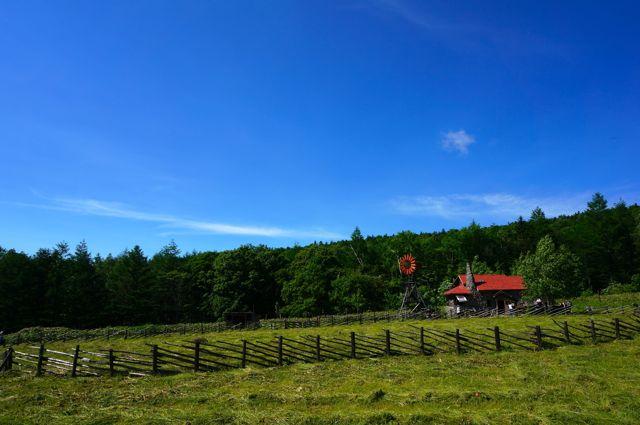 五郎の石の家と牧場