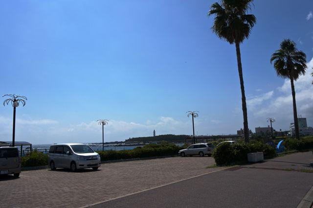 国道410号(房総フラワーライン)から野島埼灯台を望む