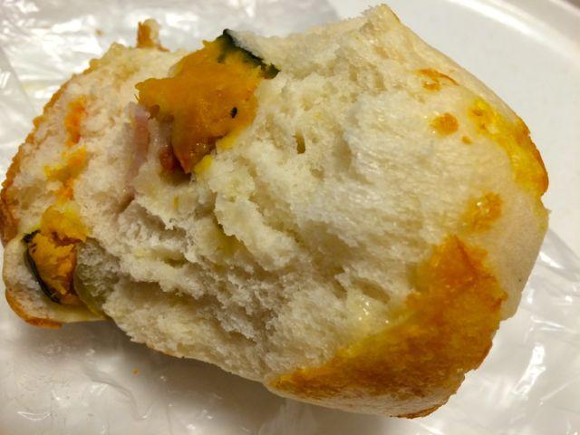 野菜のパン中身
