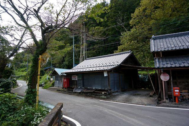茨城県道322号沿いの古い建物