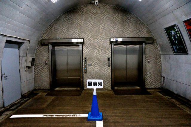 第2観瀑台へのエレベーター