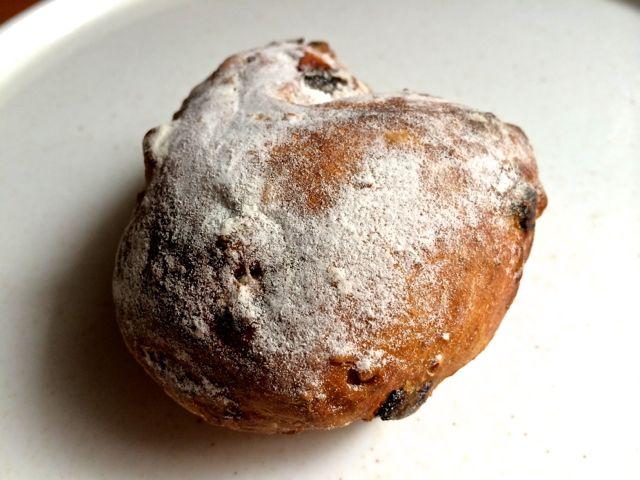 トリプルベリーのクルミパン